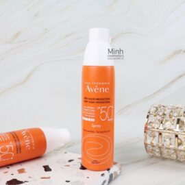 Xịt Chống Nắng Avène Very High Sun Protection Spray Sensitive Skin SPF50+ 200mL