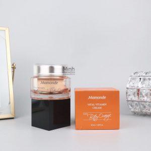 Kem Dưỡng Trắng Da Mờ Thâm Mamonde Vital Vitamin Cream 50mL