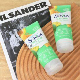 Tẩy Tế Bào Chết St.Ives Soft Skin Scrub Avocado & Honey 170g